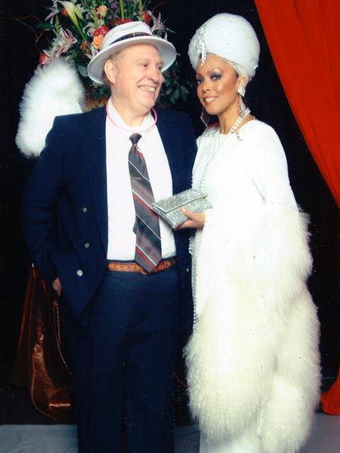 Jakki Ford New Years Eve Hilton Gala with a VIP