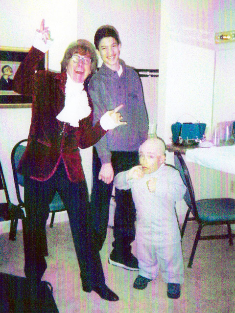 Jakki Ford My Son Chris with Austin Powers and Mini Me